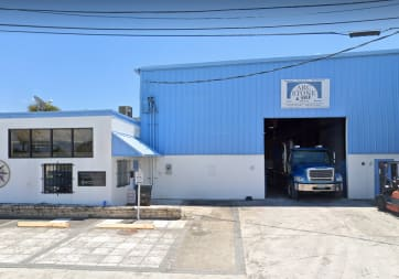 Arc Stone - 3114 Tuxedo Ave, West Palm Beach, FL 33405