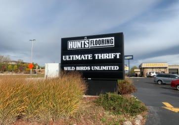 Hunts Flooring - 4470 S 108th St, Greenfield, WI 53228
