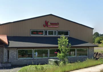 Norman's Floorcovering - 900 Industrial Pkwy, Newberg, OR 97132