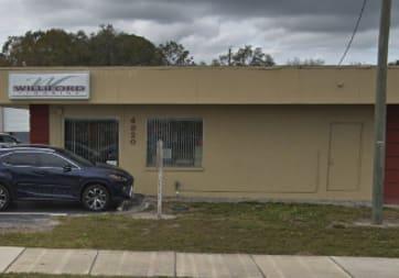 Williford Flooring Co Inc - 4820 US Hwy 98 N, Lakeland, FL 33809