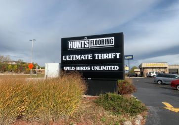 Hunts Flooring - 4470 S 108th St, Greenfield, WI 53228