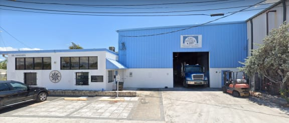 Arc Stone - 3114 Tuxedo Ave West Palm Beach, FL 33405