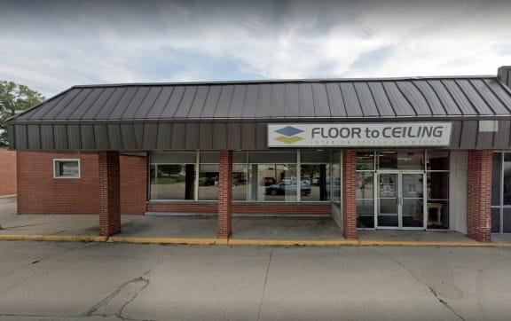 Floor to Ceiling - 1631 4th St SW Mason City, IA 50401