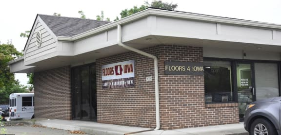 Floors 4 Iowa - 925 E 1st St Suite G Ankeny, IA 50021