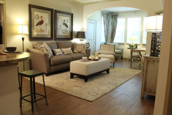 Lifestyle Carpets - 3007 E 7th Ave Tampa, FL 33605
