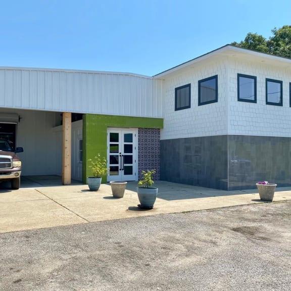 Lufkin Floors Unlimited, Inc - 2001 E Denman Ave Lufkin, TX 75901