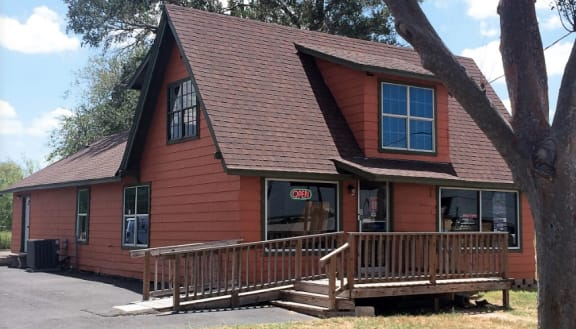 The Carpet House - 1303 E Rogers Rd Edinburg, TX 78542