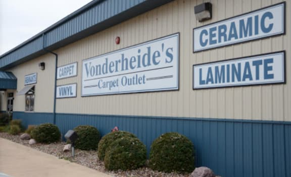 Vonderheide Floor Coverings Company - 105 N 14th St Pekin, IL 61554