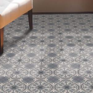 gray and white patterned sheet vinyl flooring