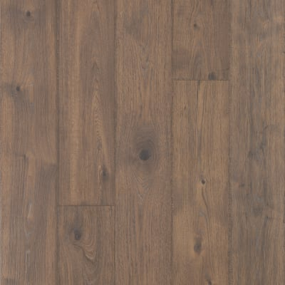 Elegantly Aged in Bungalow Oak - Laminate by Mohawk Flooring