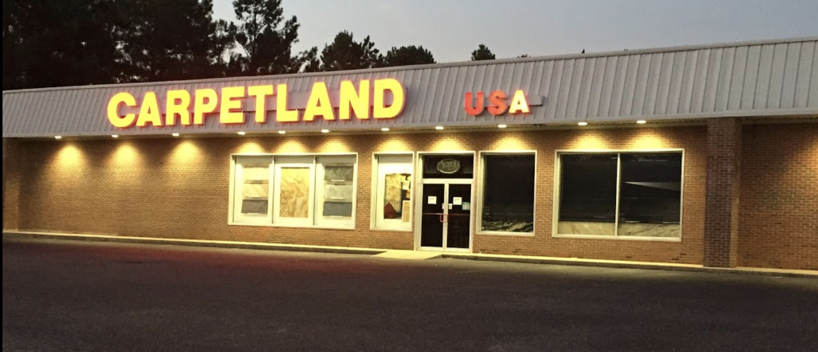 Carpetland USA - 2710 Ross Clark Cir, Dothan, AL 36301