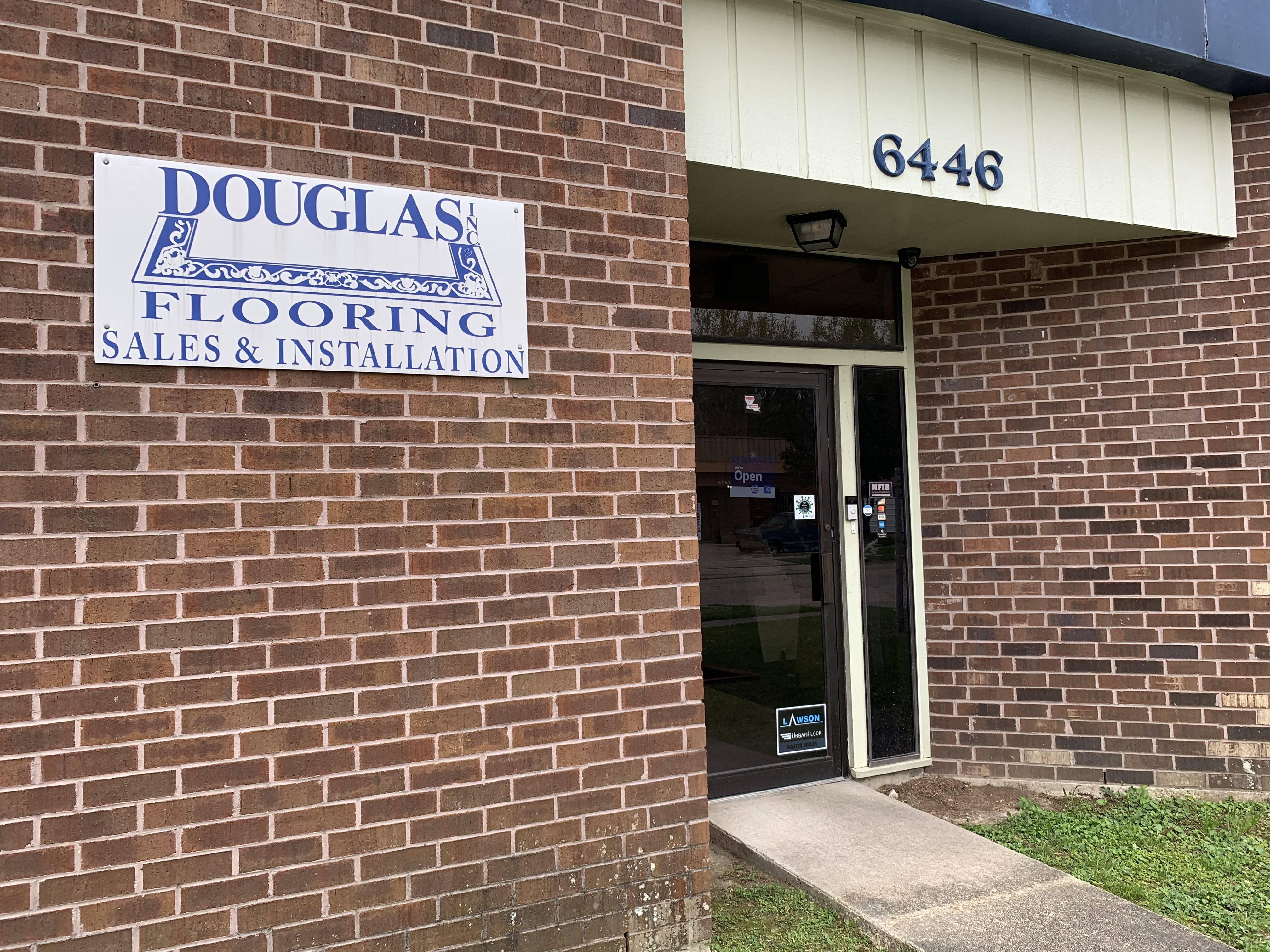 Douglas Flooring - 6446 Renoir Ave, Baton Rouge, LA 70806
