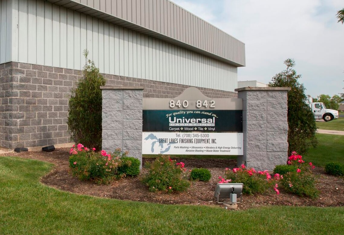 Universal Carpet Inc. - 840 Schneider Dr, South Elgin, IL 60177