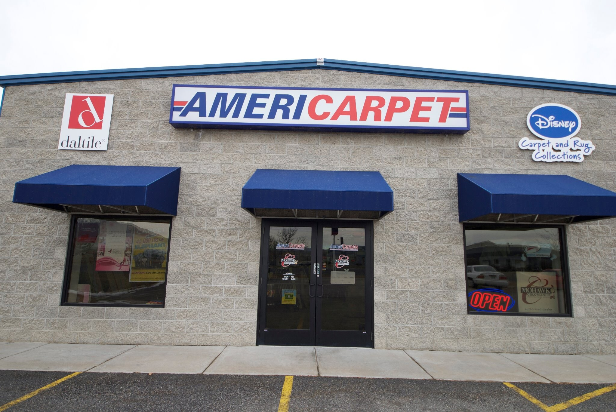 Americarpets store front