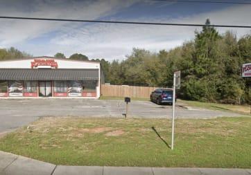 Howard Young Flooring - 4430 Avalon Blvd, Milton, FL 32583