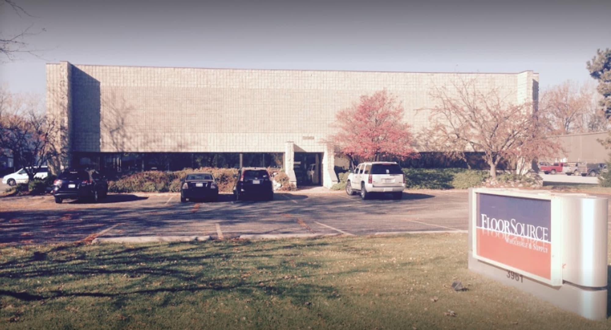 Floor Source Wholesale and Supply - 3961 Roger B Chaffee Memorial Blvd SE Grand Rapids, MI 49548