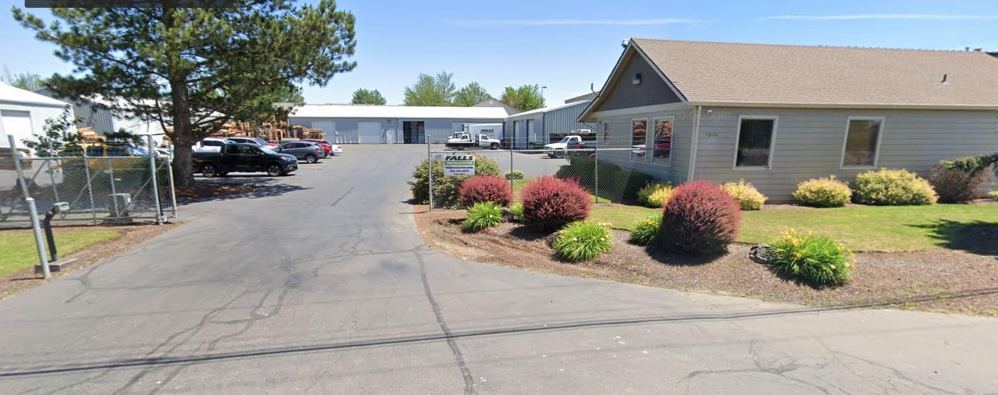 PG Long Flooring store - 3250 Fisher Rd NE Salem, OR 97305